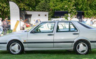 Glossop car show